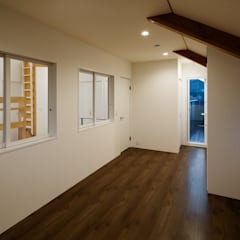 2階 部屋: &lodge inc. / 株式会社アンドロッジが手掛けた和室です。