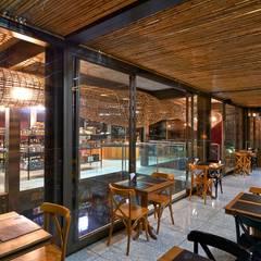 Restoran by David Guerra Arquitetura e Interiores