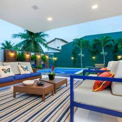Residencia no Alphaville Fortaleza: Terraços  por Eveline Sampaio Arquiteta e Designer de Interiores,