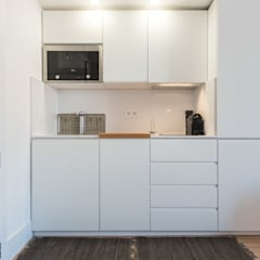 Small-kitchens by OW ARQUITECTOS lda | simplicity works