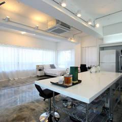 OYOUNG RESIDENCE: HJL STUDIO의  다이닝 룸