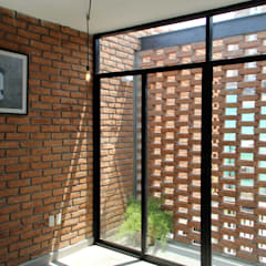 Casa Tadeo: Terrazas de estilo  por Apaloosa Estudio de Arquitectura y Diseño