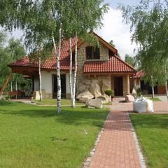 Dom Kazia II G2 - niebanalny, idealny! : styl klasyczne, w kategorii Domy zaprojektowany przez Pracownia Projektowa ARCHIPELAG