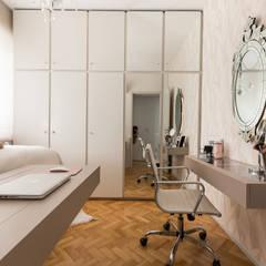 SRR | Dormitório: Quartos  por Kali Arquitetura