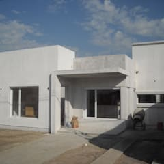 by G-R Arquitectura,