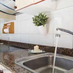 Cocina DESPUÉS: Cocinas de estilo  de Home & Haus | Home Staging & Fotografía