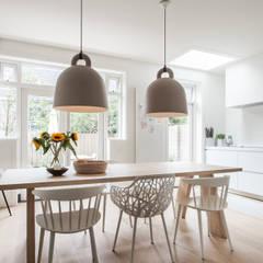 Verbouwing jaren 30-woning, Nijmegen:  Keuken door Bob Romijnders Architectuur & Interieur