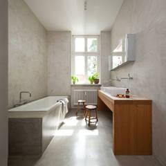 حمام تنفيذ Britta Weißer Innenarchitektur