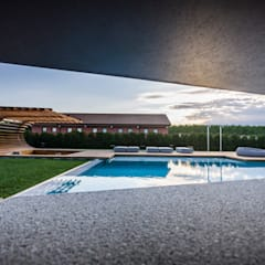 Garden Le Monde:  Pool by Alessandro Isola Ltd