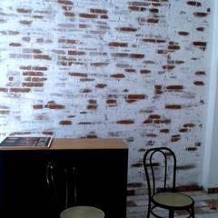 Tuscany Art's office in progress: Studio in stile  di Tuscany Art