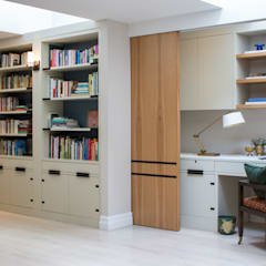 Richmond - Home Office / work area:  Study/office by Roselind Wilson Design