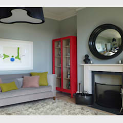 Town House, Sussex.: classic Living room by CHALKSPACE