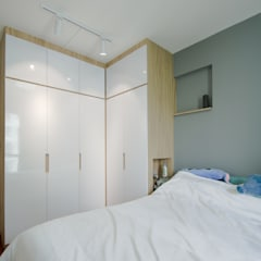 Punggol Waterway Brooks BTO:  Bedroom by Designer House,Minimalist