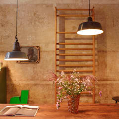 J&V Vintage Industrial Furniture:  Fenster von Nina Altmann Fotografie