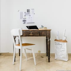Office corner: Studio in stile  di Venduta a Prima Vista
