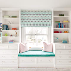 Bedrooms:  Bedroom by Clean Design,