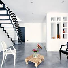 EXTENSION SURELEVATION MAISON HB33: Salle à manger de style de style Moderne par Cendrine Deville Jacquot, Architecte DPLG, A²B2D