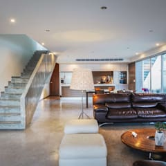 Casa IPE: Salas de estilo  por pmasceroarquitectura, Moderno Concreto