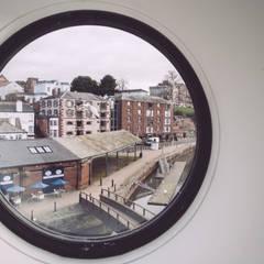 در و پنجره by In Ex Design
