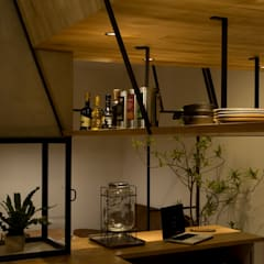 cafe CICERO: ALTS DESIGN OFFICEが手掛けたキッチンです。