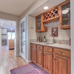 Wet Bar :  Wine cellar by Studio Design LLC