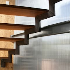 Barn House - Stairs:  Corridor & hallway by Strey Architects