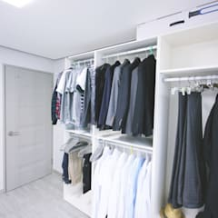 Dressing room by homelatte, Minimalist