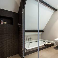 ห้องน้ำ by Bob Romijnders Architectuur & Interieur