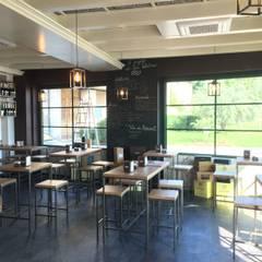 FOOD & WINE: Gastronomia in stile  di CARLO CHIAPPANI  interior designer