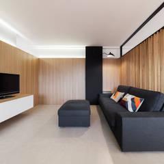 Media room by Erbalunga estudio