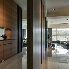 راهرو سبک آسیایی، راهرو و پله ها توسط CJ INTERIOR 長景國際設計 آسیایی