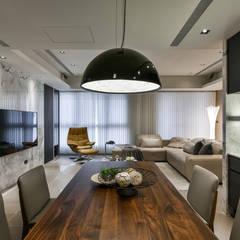 Dining room by CJ INTERIOR 長景國際設計, Asian