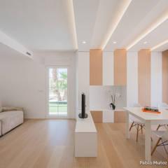 Phòng giải trí by Pablo Muñoz Payá Arquitectos