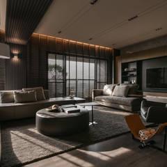 Salas / recibidores de estilo  por CJ INTERIOR 長景國際設計