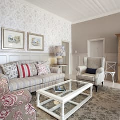 Xperiencemakers Projects:  Living room by Xperiencemakers, Colonial