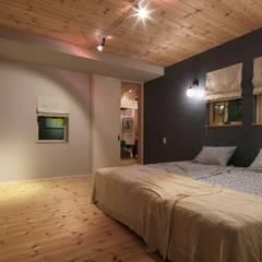 HOUSE-04(renovation): dwarfが手掛けた寝室です。,クラシック