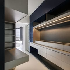 The New Quintessential:  Bedroom by Taipei Base Design Center, Modern
