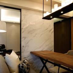 Living room by 璞碩室內裝修設計工程有限公司,