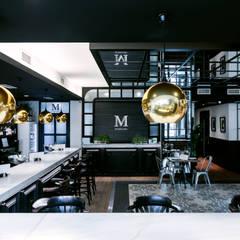 EL MERCADO : Bares y Clubs de estilo  de CONSENTIDO ESTUDIO | Damos luz a tus proyectos