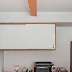 浅羽の家: 横山浩之建築設計事務所が手掛けたキッチンです。