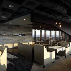 BELLO餐廳:  商業空間 by 大言室內裝修有限公司, 簡約風