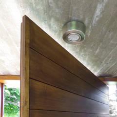AMPLIACIÓN / proyecto de autoconstrucción con materiales de demolición Dormitorios rústicos de juan olea arquitecto Rústico