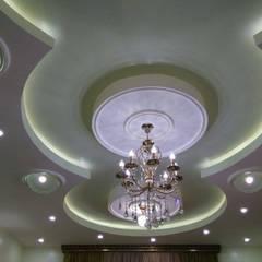 تشطيب شقة بالتجمع الخامس بالقاهرة الجديدة  مع شركة كاسل:  غرفة نوم تنفيذ كاسل للإستشارات الهندسية وأعمال الديكور في القاهرة