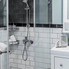 Bathroom by 潤澤明亮設計事務所