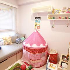 Nursery/kid's room by 拓雅室內裝修有限公司