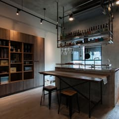 industrial Kitchen by 珞石設計 LoqStudio