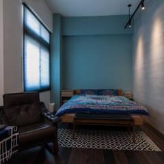 Bedroom by 珞石設計 LoqStudio