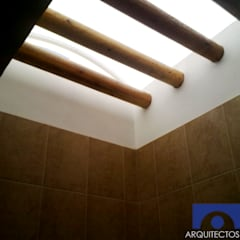 Bathroom by Arquitectos Romero