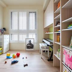 Nursery/kid's room by 思維空間設計  , Minimalist