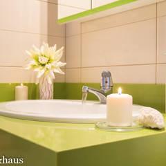 Detalle emocional en baño DESPUÉS: Baños de estilo  de Home & Haus   Home Staging & Fotografía